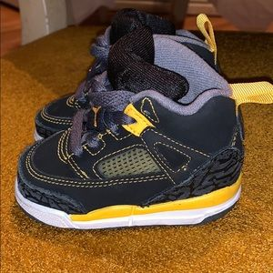 Kids JORDAN shoes...